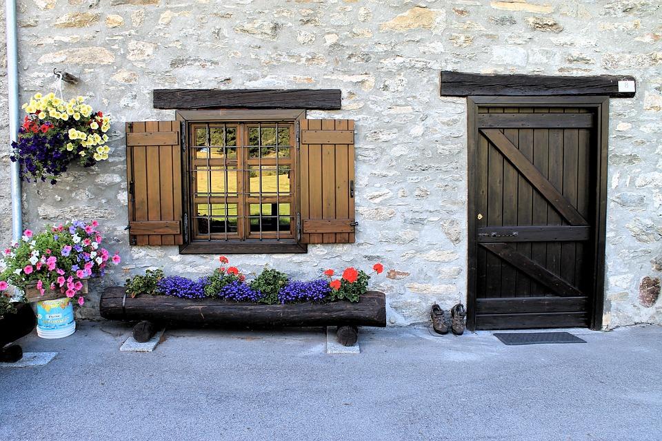 solidne drzwi zewnętrzne drewniane - warmińsko mazurskie